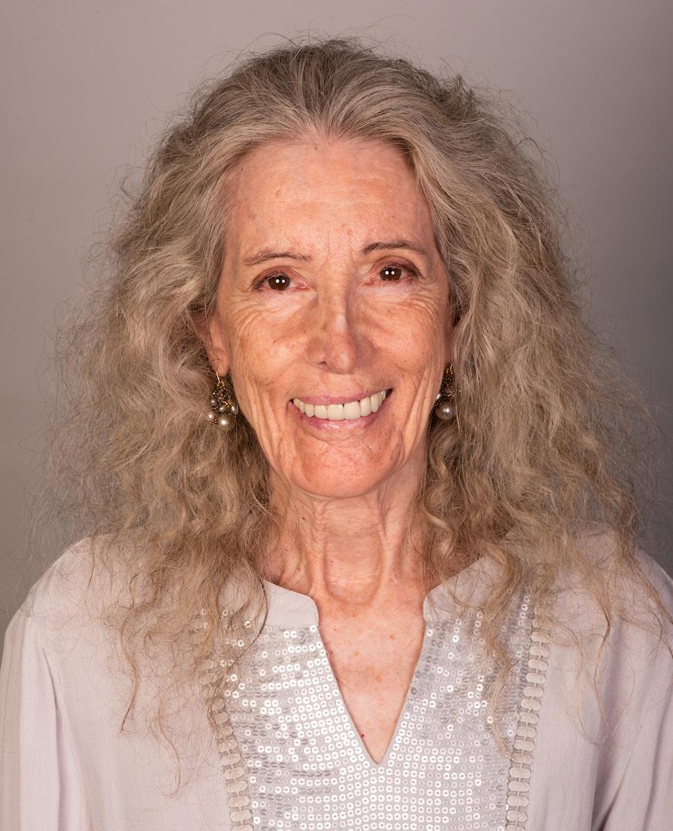 Gari Carter, Author
